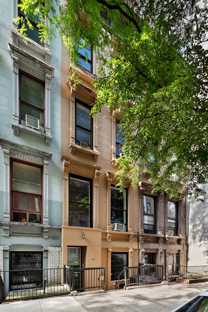 122 West 73rd Street