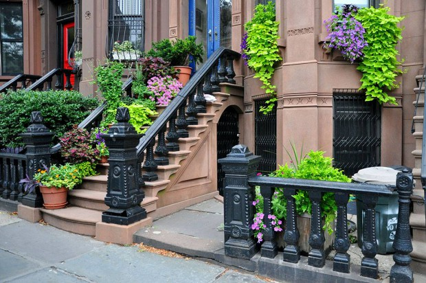 SPRING TOWNHOUSE